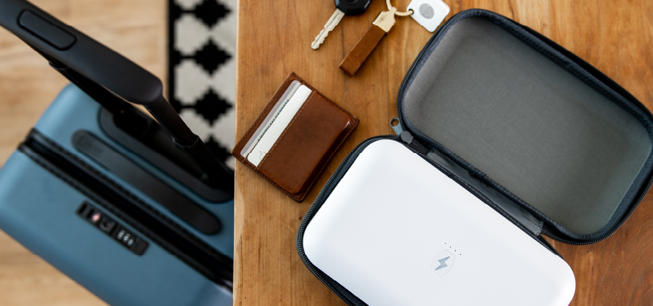 PhoneSoap Go with travel case